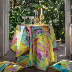 When big parties can't be held this year either, it's time to conjure up a party atmosphere for your yard, balcony or terrace. The Kesän Valoa (Summer Light) collection is a real captivator of the party table gaze, which exudes summer energy. Pour something bubbly in the glasses and jingle for the party. Create festive table setting with our comprehensive, mouth-blown and hand-polished Herttua glassware decanter and glasses.the party! Our patterns are Finnish design at its best! Summer Energy, Big Party, Table Arrangements, Tablecloths, The Conjuring, Decanter, Balcony, Terrace, Festive