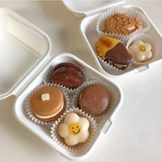 Cute Desserts, Dessert Recipes, Comida Picnic, Cute Baking, Good Food, Yummy Food, Think Food, Cupcakes, Cafe Food