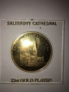 SALISBURY CATHEDRAL 22ct. GOLD PLATED MEDALLION COIN RARE VINTAGE COLLECTIBLE