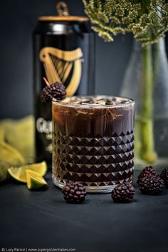 Black Magic Cocktail – bourbon, Guinnes and blackberries