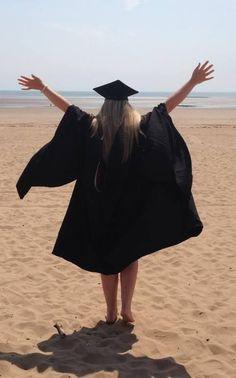 Becca on - Graduation Nursing Graduation Pictures, College Graduation Pictures, Graduation Picture Poses, Graduation Photoshoot, Grad Pics, Graduation Photography, Senior Photography, Girl Senior Pictures, Grad Pictures
