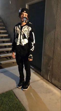 Swag Outfits Men, Boy Outfits, Cute Outfits, Fashion Outfits, Cute Lightskinned Boys, Cute Black Boys, Black Men Street Fashion, Urban Outfits, Streetwear Fashion