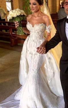Wonderful Perfect Wedding Dress For The Bride Ideas. Ineffable Perfect Wedding Dress For The Bride Ideas. Dream Wedding Dresses, Bridal Dresses, Wedding Gowns, Lace Wedding, Couture Dresses, Beautiful Gowns, Dream Dress, Wedding Styles, Wedding Ideas
