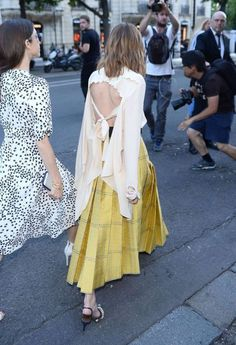 Olivia Palermo At Paris Haute Couture Fashion Week Estilo Olivia Palermo, Olivia Palermo Street Style, Olivia Palermo Lookbook, Street Style 2016, Street Chic, Star Fashion, Paris Fashion, Fashion Show, Fashion Outfits