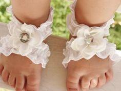 DIY...Toe blooms...toe wraps..adorable!