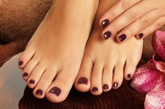 £15 For A Shellac Manicure  A Shellac Pedicure with 57% #discount. It's rumored that Victoria Beckham's new London pad will be revamped to include not one, but four manicure stations  http://www.comparepanda.co.uk/group-deal/13088399619/%C2%A315-for-a-shellac-manicure-&-a-shellac-pedicure