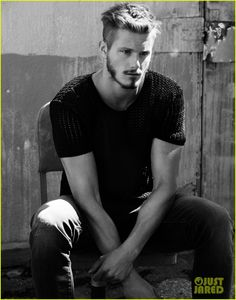 alexander ludwig flaunt shirtless underwear 10 Alexander Ludwig shows off his package in Calvin Klein underwear while shirtless for this hot new Flaunt magazine feature.    Shot by photographer Justin Campbell,…