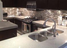 Luxury Stainless Steel Metal & Glass Mosaic Kitchen Backsplash Tile