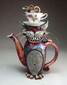 Teapot Cheshire Cat Raku Pottery folk art sculpture by face jug maker Grafton Raku Pottery, Pottery Art, Pottery Teapots, Teapots Unique, Teapots And Cups, Chocolate Pots, Objet D'art, Sculpture Art, Vases