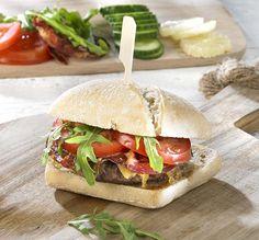 Holsteinburger met gekaramelliseerde ui en coppa