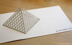 pop-up pyramide
