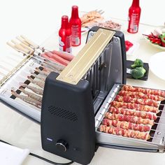 Household Smokeless Rotary Electric Barbecue Grill Electric Barbecue Grill, Electric Oven, Grilled Seafood, Grilled Pork, Churros, Pizza Oven Outdoor, Skewers, Baking Pans, Grilling Recipes