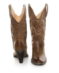 if cowboy boots didn't do terrible things for the proportions of my body, i'd be ALL OVER THESE.