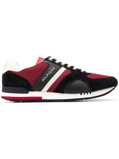 b1981553966 TOMMY HILFIGER TOMMY HILFIGER RUNNER SNEAKERS - RED. #tommyhilfiger #shoes