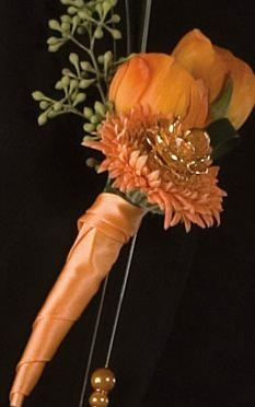 orange wedding flower boutonniere, groom boutonniere, groom flowers, add pic source on comment and we will update it. www.myfloweraffair.com can create this beautiful wedding flower look.
