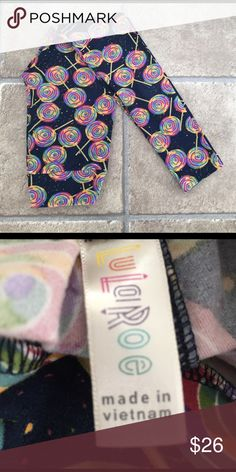 Shop Women's LuLaRoe size OS Leggings at a discounted price at Poshmark.  Description: Worn once and washed per LulaRoe Instructions.