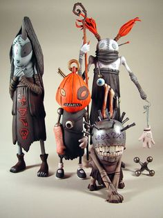 "Brom's Stickmen Series ~ Storybox Ink Paints Brom Plucker Figures ~ ""Storybox Ink's talents were enlisted by Mindstyle to deliver vinyl figure paint design for renown fantasy illustrator Brom. The Stickmen inhabit the realm illustrated by Brom for his hit novel, Plucker. Storybox worked from illustrations in the novel to translate the painterly textured art of Brom onto the figures."""