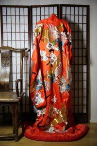 Japansk Interiör - La Reine Inredningar Kimono Top, Saree, Queens, Womens Fashion, Clothes, Vintage, Tops, Kimonos, Queen