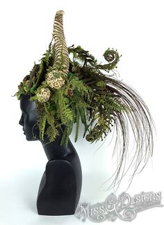 Mother Nature Headdress by MissGDesignsShop on Etsy Nature Drawing For Kids, Mother Nature Costume, Nature Witch, Goddess Costume, Dryad Costume, Renaissance Costume, Midsummer Nights Dream, Fairy Dress, Nature Decor
