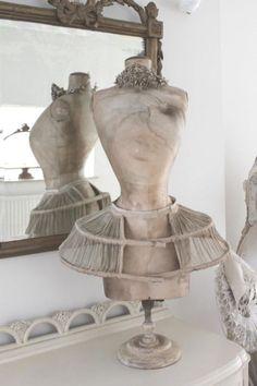 dress form display