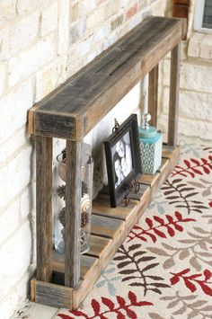 Dynamic make your own wood furniture visit this web-site Wooden Pallet Projects, Wooden Pallet Furniture, Diy Furniture Projects, Rustic Furniture, Furniture Cleaning, Modern Furniture, Diy Entryway Table, Pallet Entry Table, Diy Home Decor
