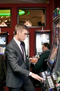 Why video poker is so addicting?