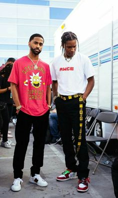 Big Sean and Asap Rocky two of the most high fashion influential rappers and style icons of street wear and high fashion. imagine the bunny on these guys Big Sean, Mode Streetwear, Streetwear Fashion, Fashion Mode, Fashion Killa, Urban Fashion Girls, Men Fashion, High Fashion, Asap Rocky Outfits