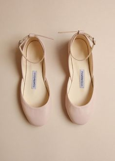 Blush Mary Janes Blush Leather Mary Jane ballet flats, the perfect wedding shoes, handmade by The White Ribbon. Fall Wedding Shoes, Bridal Shoes, Mary Janes, Shoes 2018, Designer Wedding Shoes, Leather Ballet Flats, Ankle Straps, Me Too Shoes, Women's Shoes