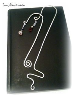bookmarks in wire and crystals