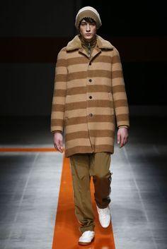 MSGM Autumn/Winter 2017 Menswear Collection | British Vogue