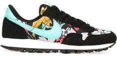 Nike 'Air Pegasus '83' sneakers