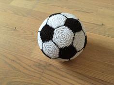 Hæklet fodbold