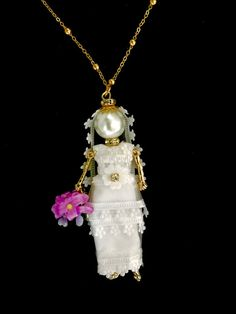 Bridal jewelry! Ellie's Belles wedding edition: french doll bride necklace on Etsy!