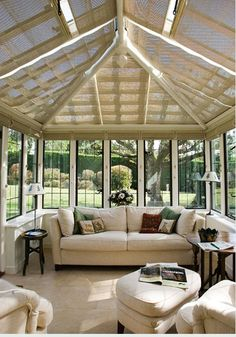 Sun room with shade blinds in case the sun is too strong.  Great idea.  #sunroom #blinds