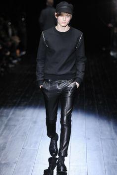Gucci Men's RTW Fall 2014 - Slideshow - Runway, Fashion Week, Fashion Shows, Reviews and Fashion Images - WWD.com