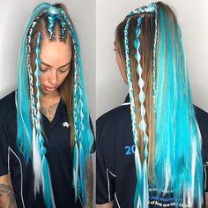These are weird but cool not bad weird their good 👍👍👍 weird Hair Dye Colors, Hair Color Blue, Cool Hair Color, Baddie Hairstyles, Braided Hairstyles, Cool Hairstyles, Hair Colora, Rave Hair, Curly Hair Styles
