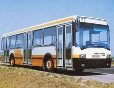 Ikarus 415 '1985–94 Public Transport, Buses, Hungary, Transportation, Classic Cars, Vehicles, Manualidades, Vintage Classic Cars, Rolling Stock