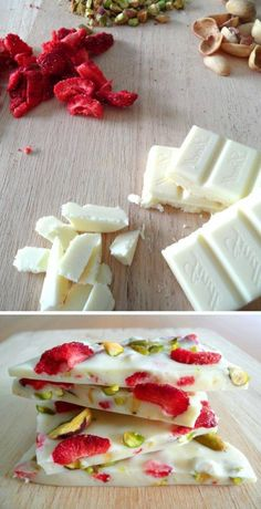 mendiants au chocolat blanc, pistaches et framboises Mini Desserts, No Bake Desserts, Delicious Desserts, Yummy Food, Candy Recipes, Sweet Recipes, Snack Recipes, Drink Recipes, Clean Eating Snacks