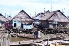 Peru, Belen the floating city