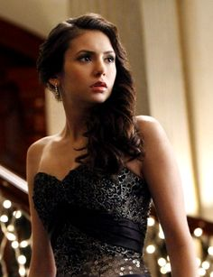 DAY 2 - Favorite Female Character - Elena Gilbert