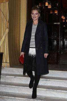 OOTD: Kate Moss in Parisian chic. Shop the look at http://www.fashionscene.nl/celebs/172301/ootd-kate-moss-in-parisian-chic/