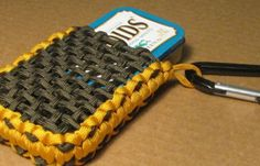 DIY Paracord Survival Tin Pouch | Keep your Altoid Tin Survival Kit in this pouch to keep it protected and yourself prepared #SurvivalLife www.SurvivalLife.com