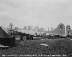 Ww2 Pictures, Ww2 Photos, Air Force Bomber, American Air, United States Army, D Day, Military Aircraft, Britain, Fire