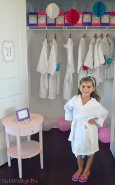 how to host a spa birthday party at home - pamper your guests with their own robes, headbands and flip flops for their spa services. Very nice Spa Day Party, Kids Spa Party, Pamper Party, Sleepover Party, Birthday Party At Home, Spa Birthday Parties, Slumber Parties, Birthday Party Themes, Birthday Ideas