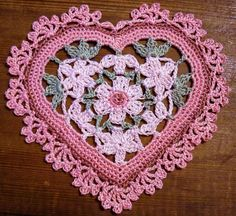 ColoridoEcletico: Corações de crochet
