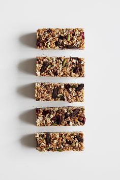 Granola Bars with Superfood Chocolate - The Fauxmartha