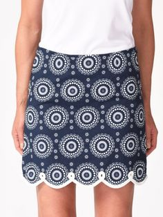 "Need new golf apparel? Golftini Ladies takes pride in offering women's golf clothing for all shapes and sizes. Buy this Navy/White Golftini Ladies 17.5"" or 19"" Jump Rope Stretch Cotton Golf Skorts today from Lori's Golf Shoppe!"