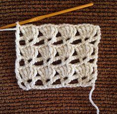 Lots of Crochet Stitches by M. J. Joachim: V-Stitch with Triple Crochet Shells ❁•Teresa Restegui http://www.pinterest.com/teretegui/•❁