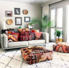 Vintage Decor Living Room Romantic Bohemian Style Living Room Design Ideas 21 - Below, you will discover a massive group of photos and ideas to pick from. Bohemian style decor is fantastic for […] Boho Living Room, Living Room Decor, Living Spaces, Cozy Living, Small Living, Decor Room, Bedroom Decor, Bohemian Decor, Bohemian Style