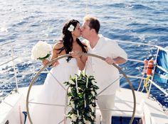 just married on a sail boat | Maui, Hawaii Destination Wedding | The Destination Wedding Blog - Jet ...